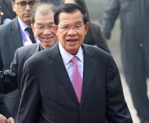 Bipartisan group of U.S. Senators denounce Cambodian government