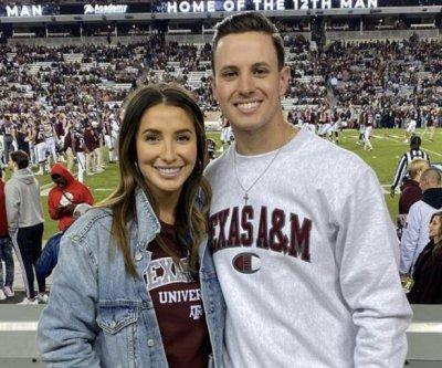 Bristol Palin, boyfriend Janson Moore go Instagram official