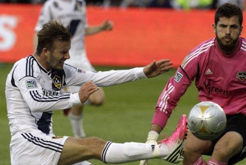 Beckham set to begin work with Paris club