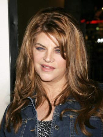 Kirstie Alley packs on 83 pounds