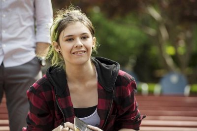 Transgender teen Nicole Maines to guest star on 'Royal Pains'