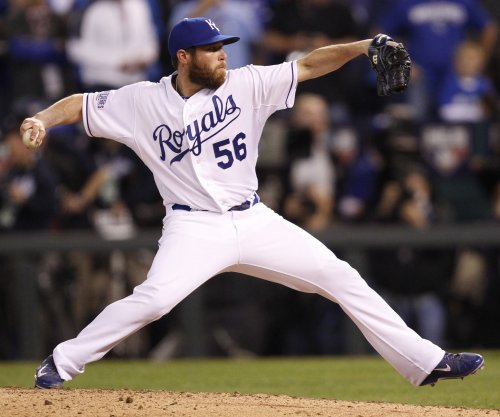 Colorado Rockies sign RHP Greg Holland to one-year contract