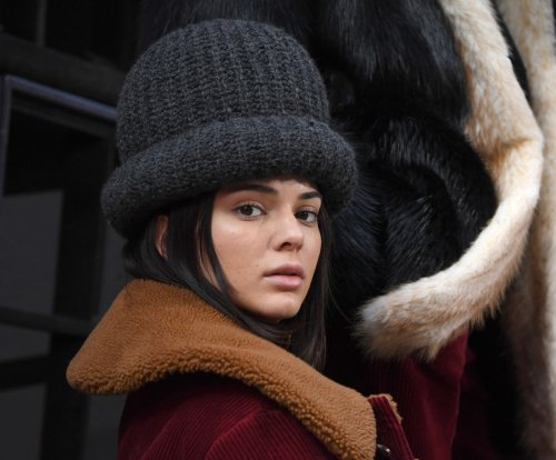 Kendall Jenner reportedly robbed of $200K in jewelry