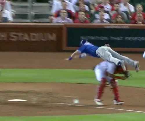 Jays' Coghlan scores best run in recent MLB memory