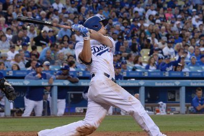 Corey Seager, Cody Bellinger propel Los Angeles Dodgers past San Diego Padres