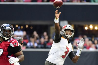 Buccaneers vie for season sweep of Saints