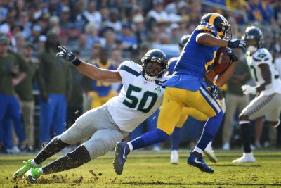 Seahawks keeping Pro Bowl LB K.J. Wright