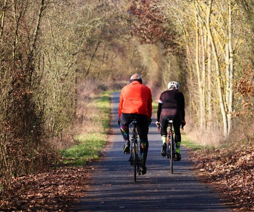 Older bike riders see increase in injuries, study says