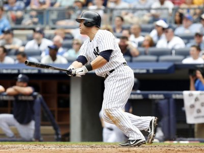 MLB: New York Yankees 5, New York Mets 4