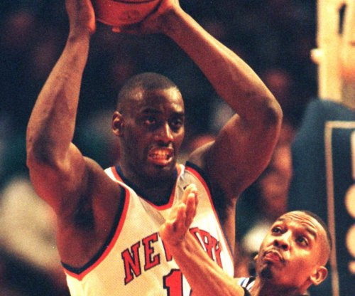 Former Knicks player Anthony Mason in critical condition after heart attack