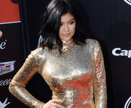 Kylie Jenner endorses body accentuating cream on Instagram