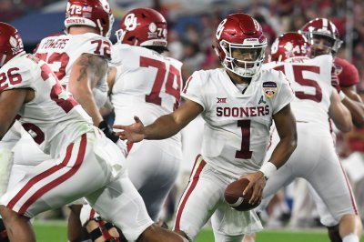 Oklahoma QB Kyler Murray to throw, run 40-yard dash at pro day
