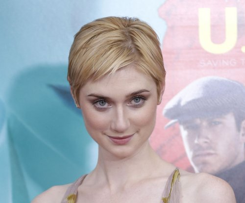 Elizabeth Debicki turns heads at 'Man from U.N.C.L.E.' premiere
