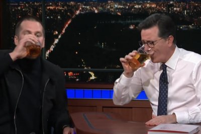 Tom Brady slams beer, gives romantic massage on 'The Late Show'