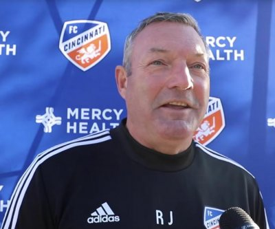 FC Cincinnati soccer coach Ron Jans resigns amid investigation into racial slurs