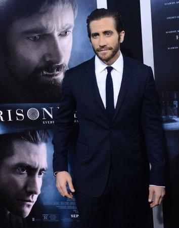 Jake Gyllenhaal stars in first 'Nightcrawler' trailer