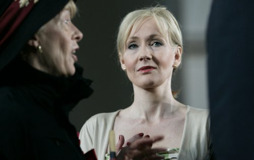 J.K. Rowling to write story about Harry Potter villain for Halloween