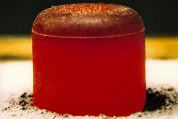Scientists discover why plutonium doesn't stick to magnets