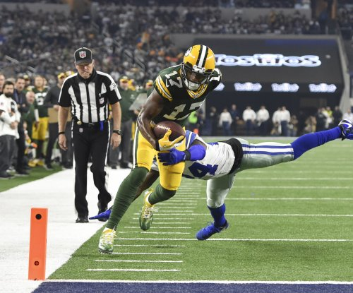 Davante Adams: Green Bay Packers sign receiver to four-year, $56 million deal
