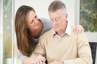 Alzheimer's disease care can cost up to $200k for two years