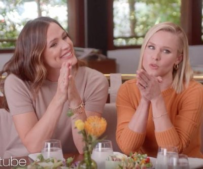 Jennifer Garner, Kristen Bell give new moms advice on 'Ellen'