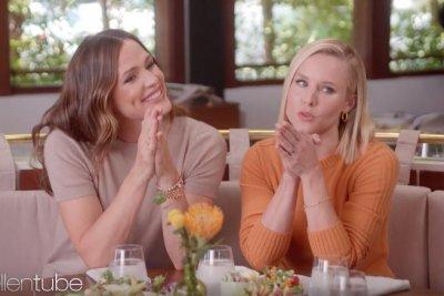Jennifer Garner, Kristen Bell give new moms advice on 'Ellen'