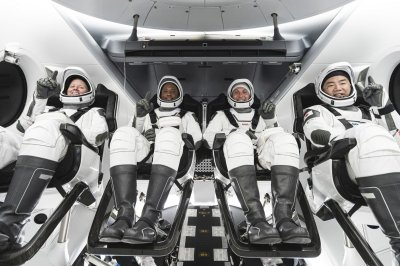 SpaceX improved Crew Dragon capsule for planned Oct. 31 launch