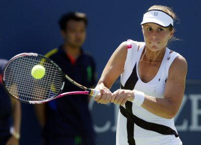 Lepchenko wins three-setter in Brussels Open