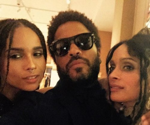 Zoe Kravitz attends gala with parents Lisa Bonet, Lenny Kravitz