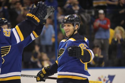 St. Louis Blues defeat Colorado Avalanche for fifth straight win