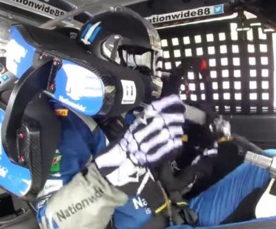 Watch: Dale Earnhardt Jr. drives without steering wheel during race
