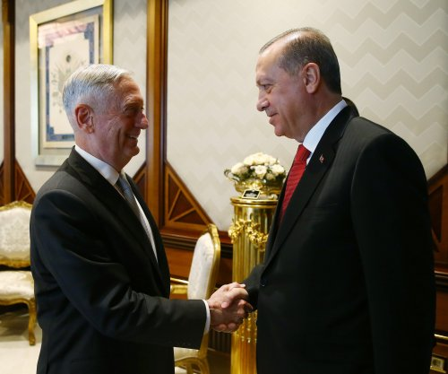 Turkey tells U.S. defense chief of concerns about arming Syrian militia
