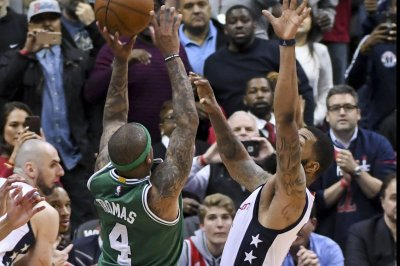 Cleveland Cavaliers offer few answers on Isaiah Thomas' hip injury