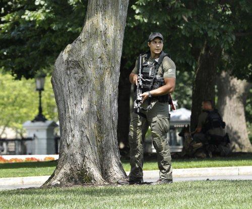 Secret Service locks down White House briefly over 'suspicious' item