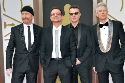 Bono fractured eye socket, shoulder blade and arm in cycling accident