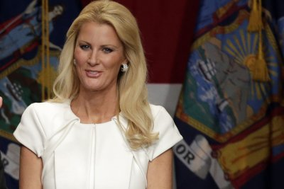 Sandra Lee rushed to hospital after apparent post-mastectomy complication