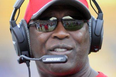 Lovie Smith to be named Illinois' coach