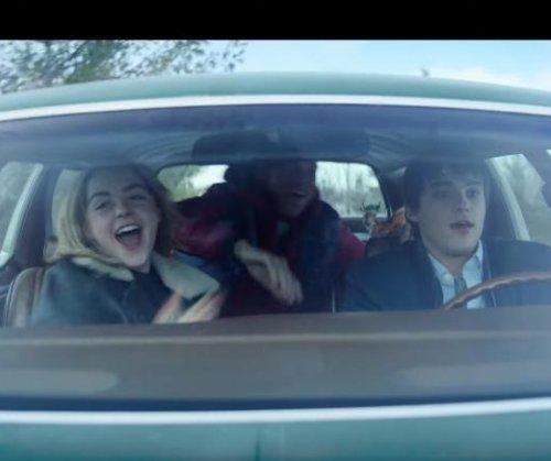 'Let It Snow': Kiernan Shipka, Mitchell Hope flirt in first trailer