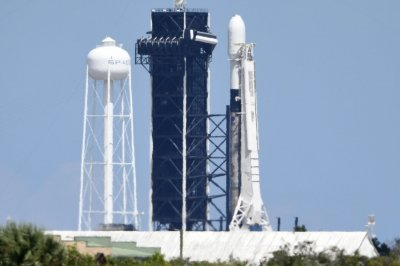 SpaceX aborts Starlink satellite launch attempt