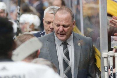 New York Rangers hiring Gerard Gallant as new head coach