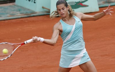 Mauresmo reaches quarters at Pilot Pen