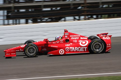 Franchitti, Dixon have top practice runs