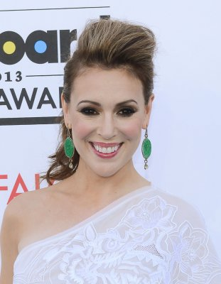 Alyssa Milano departs ABC's 'Mistresses'