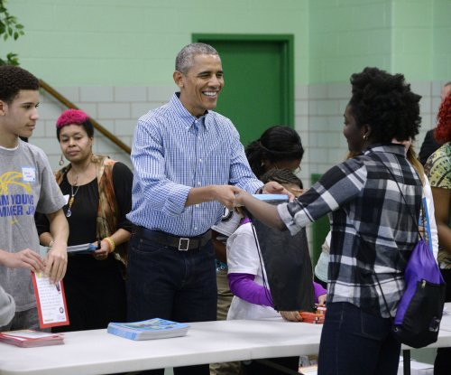 The Obamas honor MLK day of service