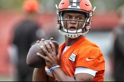 Cleveland Browns say DeShone Kizer needs to improve consistency