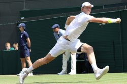 Wimbledon 2018: Anderson upsets Federer in 4:14 match
