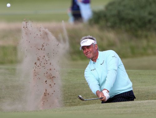 Clarke, despite wind, wins Iberdrola Open