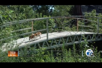 Michigan police seek stolen 5,000-pound bridge