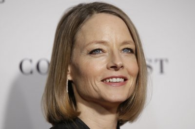 Jodie Foster to receive lifetime achievement award at Athena Fest