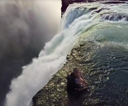 Victoria Falls: 360-degree video gives interactive view of stunning waterfall